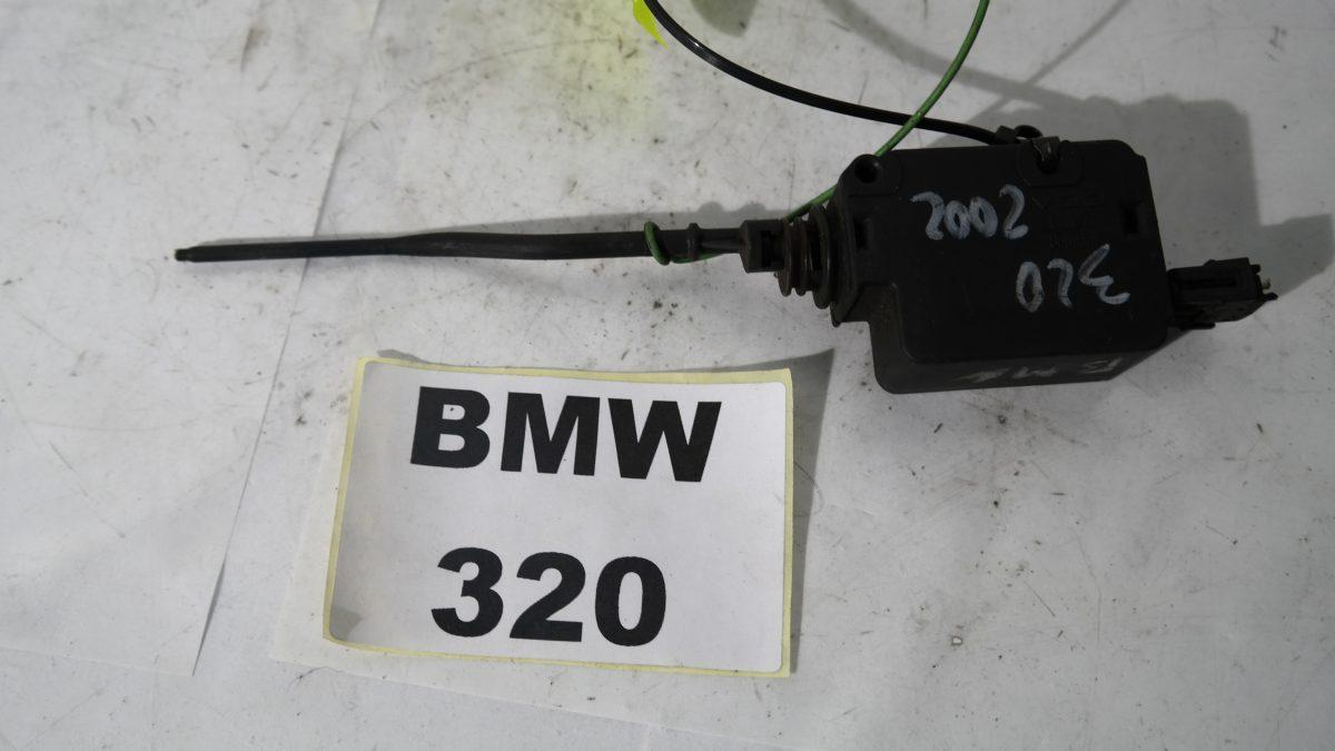 Bmw 320 e46 8372240 motorino sportel carburante